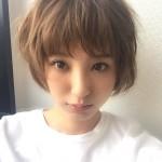 モデルizu(出岡美咲)インスタ画像が可愛い!髪型や水着が話題